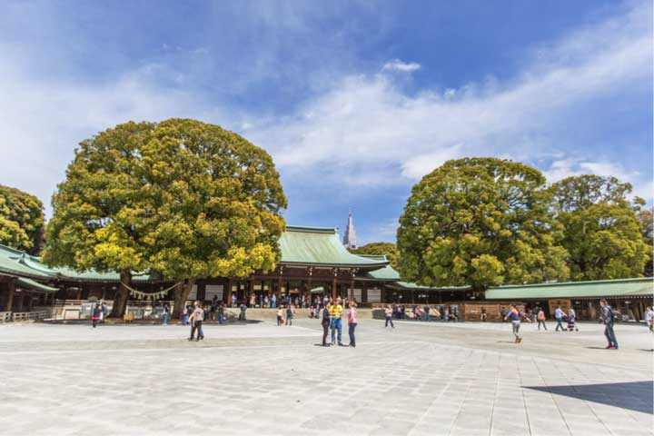 inside the meiji shrine