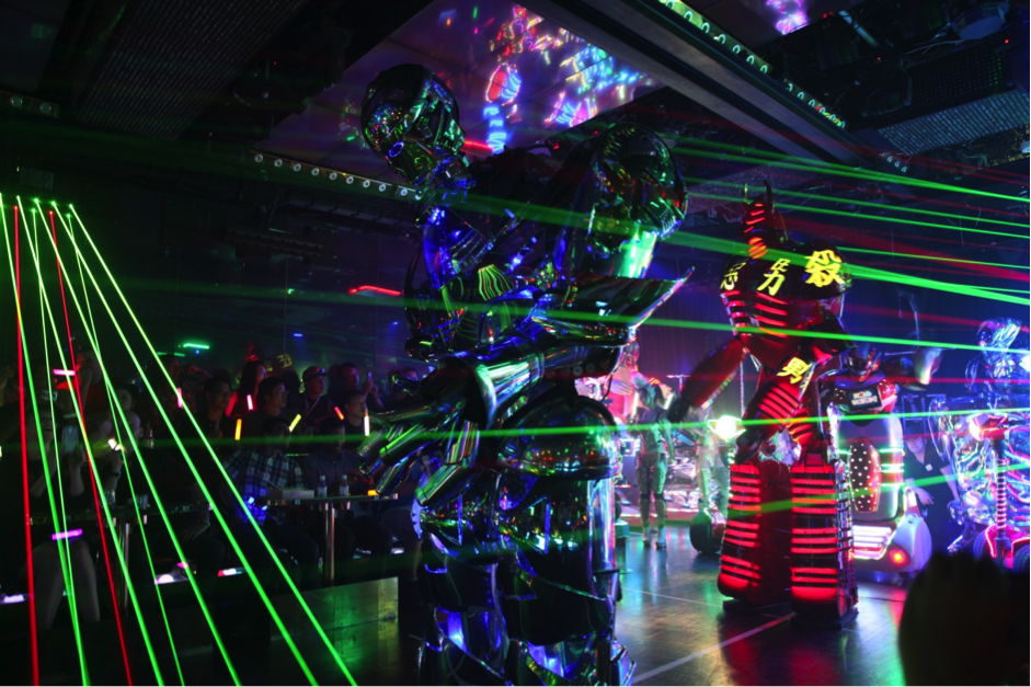 도쿄 로봇 이브닝 카바레 쇼